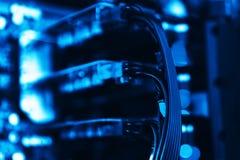 Backdro bleu vibrant horizontal de fond de bokeh de sli de cartes vidéo photo libre de droits