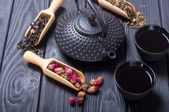 Чай традиционного китайского травяной стоковые изображения