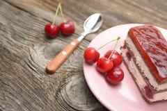 backgound απομονωμένο λευκό κειμένων δειγμάτων κέικ κεράσι Στοκ Εικόνα