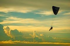 Backgound della nuvola di Paramotor Fotografia Stock