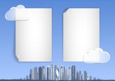 Backgound met blauwe hemel, abstracte stad, wolkenkrabbers op de horizon Royalty-vrije Stock Afbeelding