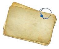backgroun paperclip grunge odizolowywający papiery Fotografia Royalty Free