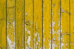 Background with old wooden yellow painted planks Royalty Free Stock Photos