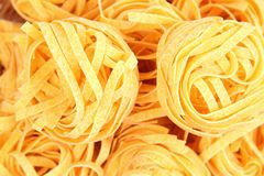 A background of tagliatelle paglia e fieno Royalty Free Stock Images