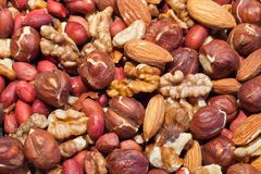 Background texture of roasted mixed nuts Royalty Free Stock Photos