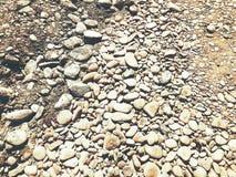 Backgroung камешков гравия утеса различных размера и формы Стоковое Изображение