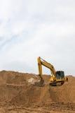 Backhoe на следе песка Стоковое Изображение RF