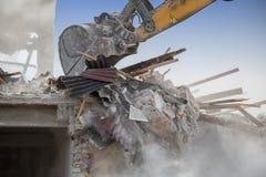 Backhoe demolishing house 2 Royalty Free Stock Photography