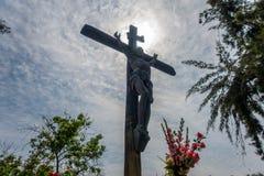 Backlight Ιησούς στο σταυρό Στοκ Εικόνες