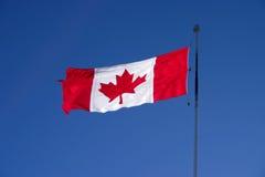 backlit канадский флаг Стоковая Фотография
