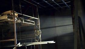 Backlit steiger in de zolder Stock Afbeelding