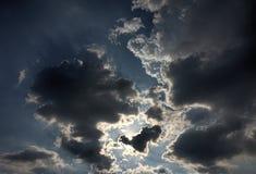 Backlit wolken Royalty-vrije Stock Foto's