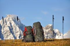 Backpacking στα βουνά Στοκ φωτογραφίες με δικαίωμα ελεύθερης χρήσης
