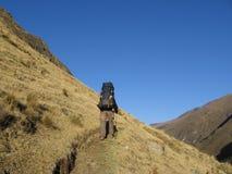 Backpacking nelle Cordigliera immagine stock