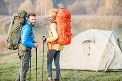 backpacks соединяют hiking стоковые изображения rf