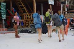 Backpakers на острове Koh Rong Стоковое Изображение