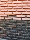 Backsteinmauer alt Lizenzfreie Stockbilder