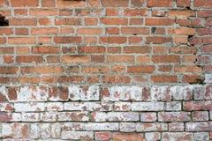 Backsteinmauer, alte Beschaffenheit von roten Steinblöcken Hintergrund Stockfoto