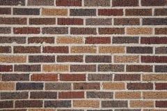 Backsteinmauer mit strukturiertem Ziegelstein stockbilder