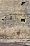 Backsteinmauer und Fenster Lizenzfreie Stockbilder