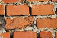 Backsteinmauer vor langer Zeit errichtet Stockbild