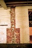 Backsteinmauerkamin Stockbild