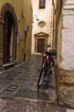 Backstreet with bicycles in Lucca, Tuscany Royalty Free Stock Images