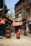 Backstreet. Deli velha, Índia. imagens de stock