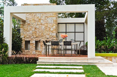 Backyard patio in garden Royalty Free Stock Photography