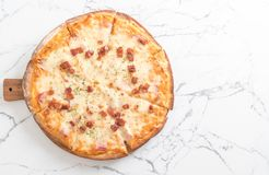 Bacon and cheese pizza Stock Photography