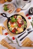 Bacon ed uova fritti immagini stock libere da diritti