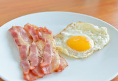 Bacon and fried egg Royalty Free Stock Images