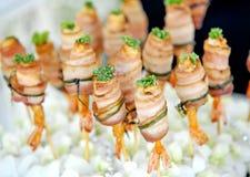 bacon grillade räkor Royaltyfri Foto