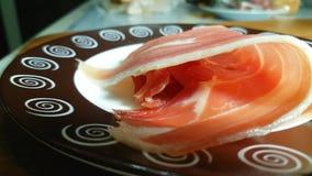 bacon jamon op een plaat het Spaans, ingrediënt stock footage