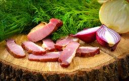 Bacon met ui en kruiden Royalty-vrije Stock Afbeeldingen