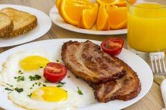 Bacon och ägg för frukost Royaltyfri Foto