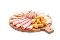 bacon, salsiccia, prosciutto affumicato e bacon del barbecue immagine stock libera da diritti