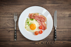 Bacon with sunny side up egg Royalty Free Stock Photo