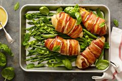 Free Bacon Wrapped Chicken Breast With Asparagus Stock Photos - 111340123
