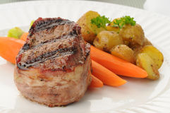 Free Bacon Wrapped Filet Stock Image - 9785461