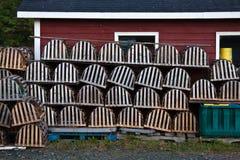 Bacs de cabane et de langoustine de pêche Image libre de droits