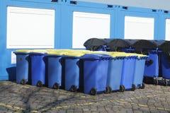Bacs de recyclage, Brême, Allemagne Photo libre de droits