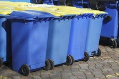 Bacs de recyclage, Brême, Allemagne Photographie stock