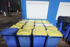 Bacs de recyclage, Brême, Allemagne Images libres de droits