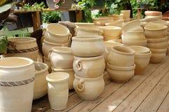 Bacs et vases d'argile Photos stock