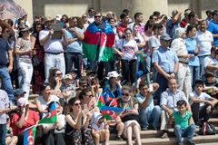 BACU, AZERBAIGIAN - 26 giugno 2018 - parata militare a Bacu, gente azera che celebra 100th anniversario delle forze armate Immagini Stock
