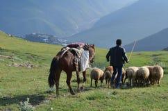 Bacy blisko Xinaliq, Azerbejdżan, daleka górska wioska w Wielkim Kaukaz pasmie Fotografia Royalty Free