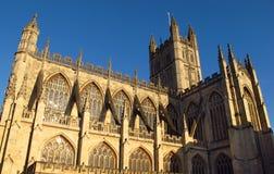 Bad Abbey Bath England onder blauwe hemel Stock Fotografie