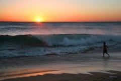 Bad bij zonsondergang Royalty-vrije Stock Foto's