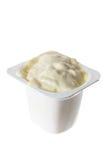 Bada av yoghurt royaltyfria bilder